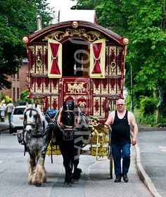 Gypsy: going to the Fair at Appleby. Gypsy Trailer, Gypsy Caravan, Gypsy Wagon, Bohemian Gypsy, Gypsy Style, Bohemian Style, Gypsy Home, Gypsy Witch, Gypsy Living
