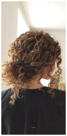 Curly Hair Styles, Cute Curly Hairstyles, Curly Hair Updo, Long Curly Hair, Braided Hairstyles, Wedding Hairstyles, Natural Hair Styles, Naturally Curly Hairstyles, Curly Girl
