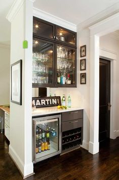 Built-In Bar - mini bar with fridge and glassware. I would love to serve guests on this drink bar! Mini Bars, Built In Bar, Built Ins, Condo Kitchen, New Kitchen, Kitchen Ideas, Kitchen Corner, Condo Bar, Kitchen Pantry