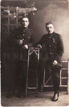 """Latvia 2 Soldiers in Uniform with Badge """"for Liberation War 1918-20"""" Photo 1920s 