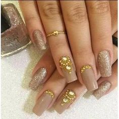 Super Ideas For Wedding Nails Design Indian Bridal Nails Designs, Bridal Nail Art, Wedding Nails Design, Diy Nail Designs, Bridal Makeup, Fancy Nails, Bling Nails, Cute Nails, Pretty Nails