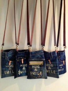 デニム リメイク バッグ コーデ - Google 検索 Diy Jeans, Mochila Jeans, Diy Bags Purses, Denim Tote Bags, Denim Crafts, Craft Bags, Recycled Denim, Fabric Bags, Diy Clothes