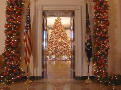 White House Christmas Through the Years: A Presidential Photo Album : Page 46 : On TV : Home & Garden Television