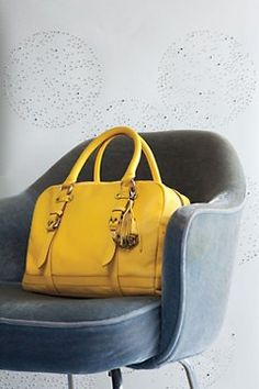 This yellow bag is a must bought a yellow bag a couple of years ago it is one of my go to bags:-)