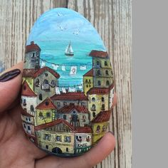 Paint stones: 111 new DIY ideas and motifs Steine malen: 111 neue DIY-Ideen und -Motive Pebble Painting, Pebble Art, Rock Crafts, Arts And Crafts, Street Painting, Painted Rocks Kids, Rainbow Painting, Rock Decor, Rock Painting Designs