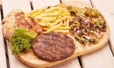Kaymaklı Kırmızı Biber Yemeği | Nefis Balkan Yemekleri Mashed Potatoes, Steak, Pork, Beef, Cheese, Ethnic Recipes, Whipped Potatoes, Kale Stir Fry, Meat