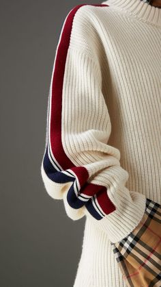 Stripe Detail Wool Cashmere Oversized Sweater in Natural White - Women | Burberry United Kingdom