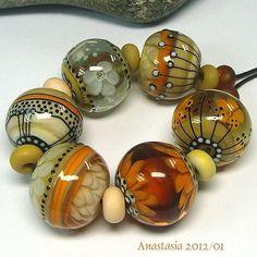 """Tea with Honey"" - Anja Basan / Anastasia Beads Polymer Clay Kunst, Polymer Clay Beads, Lampwork Beads, Glass Jewelry, Beaded Jewelry, Glass Beads, Jewellery, Baubles And Beads, Handmade Beads"