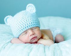 Adorable baby hat for nb pics