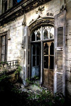 soulstratum:  The Abandoned Chateau Clochard