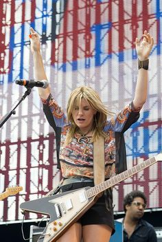 Grace Potter and the Nocturnals perform at Farm Aid 2012 at Hersheypark Stadium in Hershey, Pennsylvania on September Pictured is Grace Potter. Guitar Girl, Cool Guitar, Wilson Sisters, Rock And Roll Girl, Chrissie Hynde, Grace Potter, Grace Slick, Rock Girls, Women Of Rock