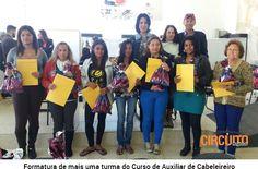 FUNDO SOCIAL FORMA NOVA TURMA DO CURSO DE AUXILIAR DE CABELEIREIRO