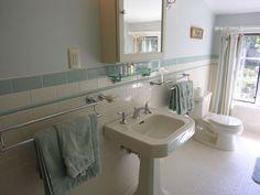 1940s retro bathroom