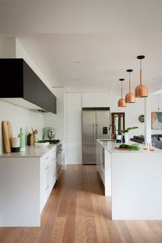 awesome Reno Rumble Delivers Two More Stunning Kitchens for Week Two