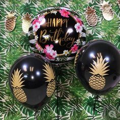 Qualatex Birthday Hibiscus Stripes (57278) with the Pineapple Diamond Clear Latex (57440) doublestuffed with Onyx Black!