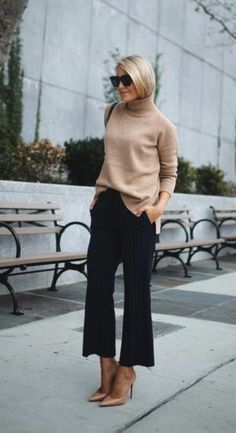 40 Trending Work Outfits To Wear This Fall - Wass Sell Outfits 2019 Outfits casual Outfits for moms Outfits for school Outfits for teen girls Outfits for work Outfits with hats Outfits women Casual Work Outfits, Winter Outfits For Work, Business Casual Outfits, Mode Outfits, Work Attire, Work Casual, Casual Summer, Casual Fall, Work Pants Outfit
