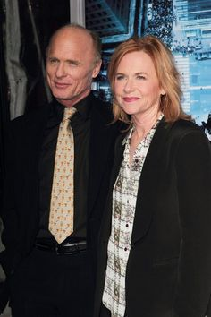 "Ed Harris and Amy Madigan first met in 1981 when they performed together. While filming the movie ""Places in the Heart"" in 1983 the couple tied the knot; they have starred together in seven movies."