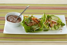 IMUSA Chicken Lettuce Wraps with Spicy Peanut Sauce - IMUSA use seitan ...