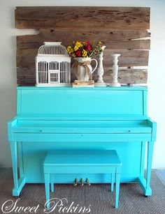 Love the piano and the decor on top! Love the piano and the decor on top! Painted Pianos, Painted Furniture, Furniture Makeover, Diy Furniture, Reclaimed Furniture, My Home Design, House Design, Porch Decorating, Interior Decorating