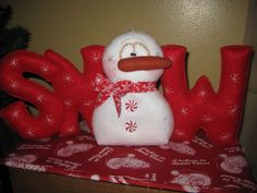 PRIMITIVE HC CHRISTMAS HOLIDAY SNOW SNOWMAN DOLL SHELF SITTER ORNIE #Country