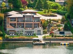 Wonderful Lakeside Estate in Bellevue, Washington $11,990,000