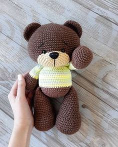 Crochet bear amigurumi – free crochet pattern for this adorable little bear. Crochet bear amigurumi – free crochet pattern for this adorable little bear. How to Crochet a Bear - Crochet Ideas Crochet pattern: Little Dragon – Salvabrani – Mateja Kl Crochet Teddy, Crochet Patterns Amigurumi, Cute Crochet, Amigurumi Doll, Crochet Crafts, Crochet Baby, Crochet Projects, Knit Crochet, Amigurumi Tutorial