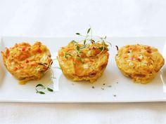 AURA timbaalit   Valio 20 Min, Baked Potato, Potatoes, Baking, Ethnic Recipes, Food, Red Peppers, Potato, Essen