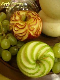 Fruit Carving Arrangements and Food Garnishes: Apple garnish: