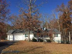 House for sale at 2140 Spruce Loop, Crossville, TN 38555  - Zaglist.com® #HouseForSale #House #ForSale #Realestate #Zaglist #Crossville Cumberland County, Land For Sale, Townhouse, Crossville Tn, Real Estate, Cabin, House Styles, Plants, Home