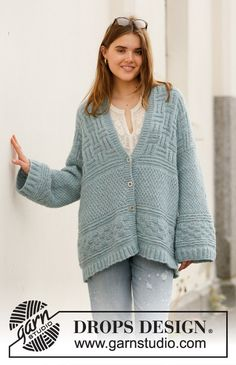 Inner City Jacket - Knitted jacket in DROPS Air. The piece is worked with textured pattern and shawl-collar. Sizes S - XXXL. - Free pattern by DROPS Design Drops Design, Knitting Patterns Free, Knit Patterns, Free Knitting, Free Pattern, Knit Cardigan Pattern, Jacket Pattern, Magazine Drops, Yarn Brands