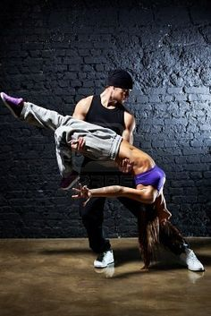 Dance. Couple. Hip-Hop. Funk.