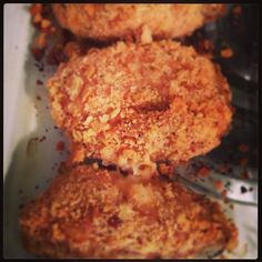 Crushed saltine crackers make an easy crust for baked chicken. Crispy Baked Chicken, Oven Fried Chicken, Crusted Chicken, Baked Chicken Breast, Boneless Chicken Breast, Baked Chicken Recipes, Chicken Breasts, Turkey Recipes, Dinner Recipes