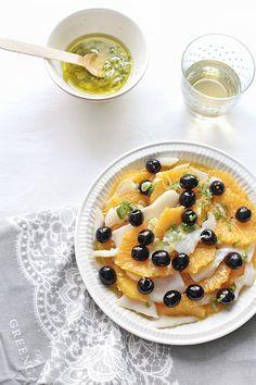 Receta de remojón andaluz. Una ensalada andaluza de naranjas y bacalao que puede estar en tus menús de Cuaresma. Fotos del paso a paso y consejos útiles.