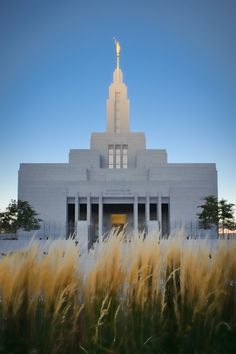 """Called to Work"" Jon Adams Draper LDS Temple http://reflectedpixel.zenfolio.com/ldstempleart/h182ebf29#h182ebf29"