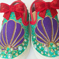 Mermaid shoes - the little mermaid - mermaid bday - mermaid party outfit - mermaid birthday - mermaid theme - sea shell shoes - mermaid gift Disney Painted Shoes, Painted Canvas Shoes, Disney Shoes, Hand Painted Shoes, Painted Toms, Mermaid Gifts, Mermaid Diy, Mermaid Style, Little Mermaid Shoes