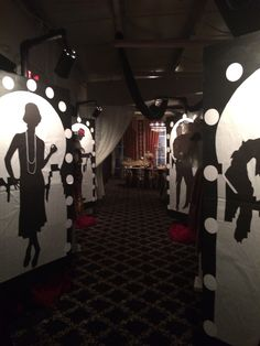 Prom decorations roaring prom in 2019 декорации. Homecoming Decorations, Prom Themes, Prom Decor, Gatsby Decorations, Speakeasy Party, 1920s Party, Flapper Party, Great Gatsby Prom Theme, Roaring 20s Birthday Party
