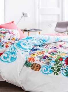 Island vibes | Carré Blanc Paris x Simons Maison. #bedding #home #decor