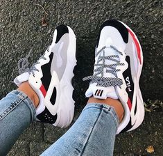 y first pair of sneakers from Fila 🙈 and I'm in love with them! So comf Shoes is part of Chunky sneakers - y first pair of sneakers from Fila 🙈 and I'm in love with them! So comf y first pair of sneakers from Fila 🙈 and I'm in love with them! So comf Moda Sneakers, Sneakers Mode, Sneakers Fashion, Fashion Shoes, Women's Shoes Sneakers, Shoes Heels, Adidas Shoes, Cute Sneakers For Women, Women Nike