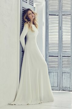 couture wedding dresses and bridal gowns by award winning UK bridal designer Suzanne Neville in her 2019 Collection - Adair Western Wedding Dresses, Princess Wedding Dresses, Modest Wedding Dresses, Designer Wedding Dresses, Bridal Dresses, Wedding Gowns, Temple Wedding Dresses, Temple Dress, Prom Dress