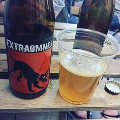 This Italian-brewed Belgian-style pale ale has a crazy hop aroma that coalesces into major tones of mint - Zest by Extraomnes  #zest #extraomnes #birra #craftbeer