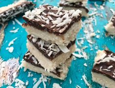 No Bake 5 Ingredients Chocolate Covered Coconut Bars !