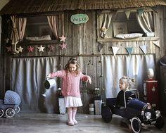 C'est sur un blog dédié à la mode enfantine Vivi & Oli que j'ai trouvé cette chambre pour petite fille absolument adorable. En fait...