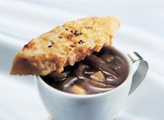 Autumn Soup au Gratin with Onion and Appl