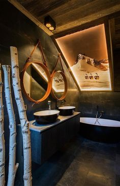 An elegant chalet in the French ski village of Megeve with a very remarkable and original design by studio Refuge . Chalet Design, Chalet Style, Cabin Design, Bar Design, Chalet Zermatt, Ski Chalet, Share Pictures, Cross Pictures, Miramonti Boutique Hotel