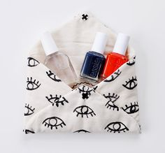 Eye to Eye Clutch by romawinkel on Etsy, $32.00