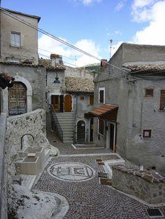 L'Aqulia: Campo Imperatore and Castel del Monte,