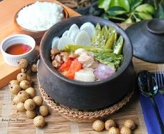 The Cuisineuer: RECIPE | Pork Sinigang in Littuko ( Rattan Fruit )