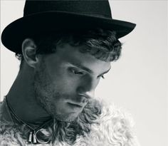 """""""There's a massive element of me that's fractured from losing my mother so young, and I'm drawn to characters who are wounded"""" #JamieDornan"""