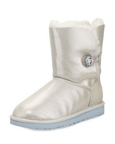 UGG Simmens Stout - Zappos.com Free Shipping BOTH Ways   My Style    Pinterest   Footwear, Uggs and Wardrobe makeover