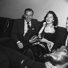 Frank Sinatra and Ava Gardner in 30 Octobre 1954